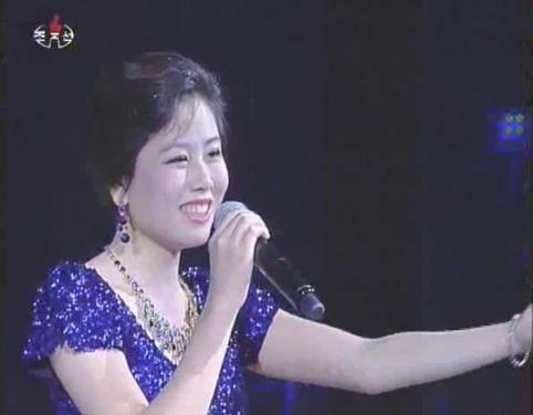 0Kim Yu-kyong1