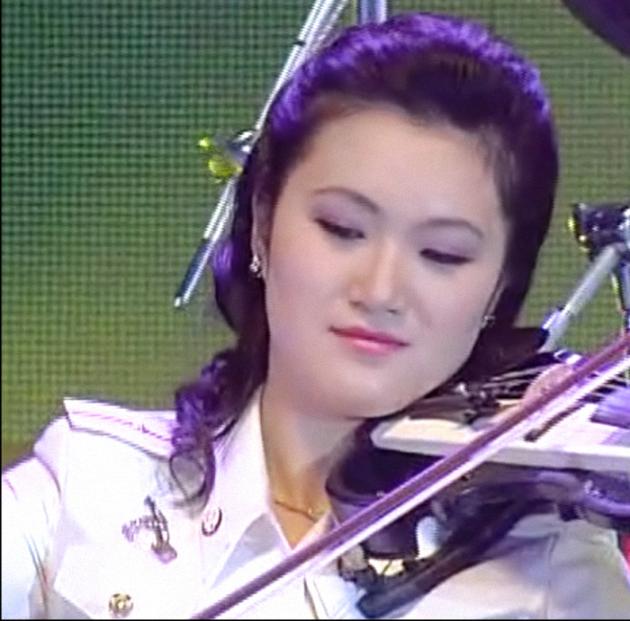Hong Su-kyong 20121010 13.20