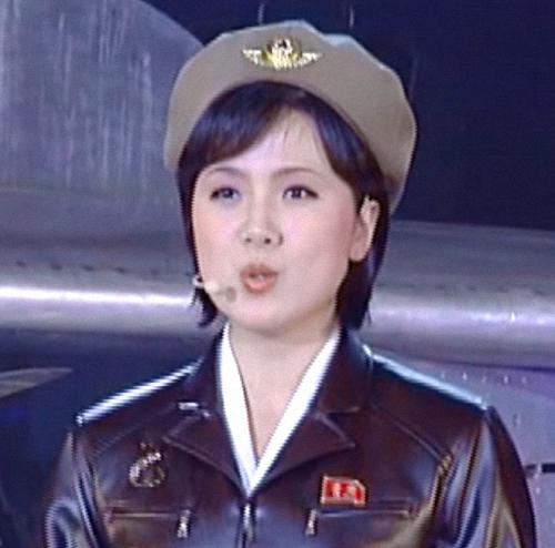Ri Myong-hui (1)