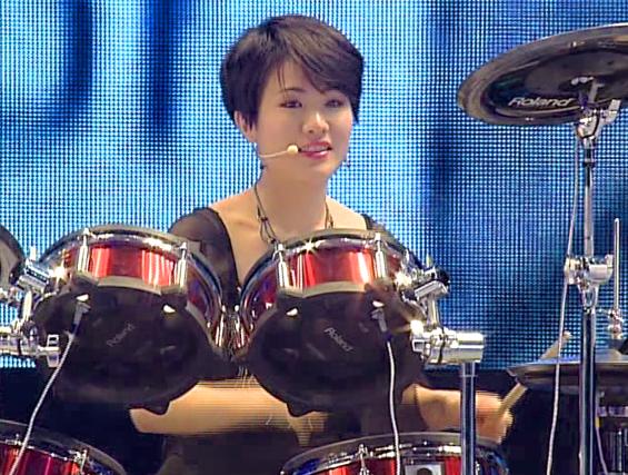 Ri Yun-hui (0)