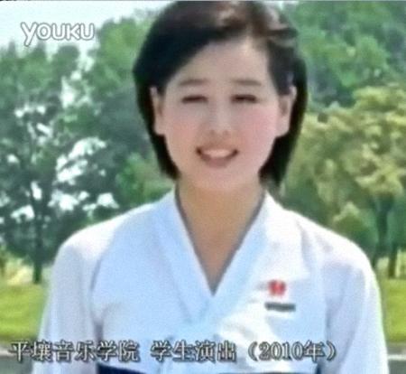 Kim Yu-kyong 김유경 2010 (2)