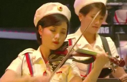 Kim Un-ha 20151011 14.27e