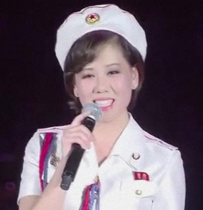Kim Yu-kyong 20151011 27.22e